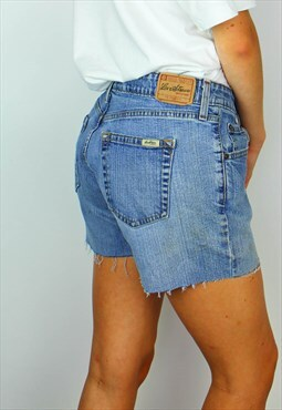 Vintage Levi Strauss Denim Shorts w Logo Back