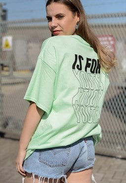 Oversized t-shirt in mint with wavey print.