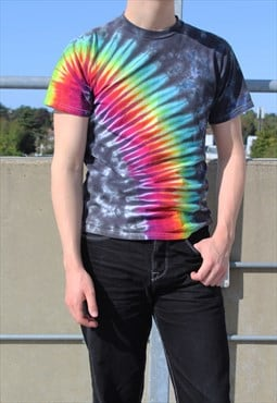 Vintage unisex rainbow tie dye t-shirt