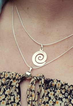 Sterling Silver Spiral Simple Plain Pendant and Silver Chain