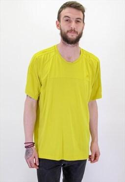 Vintage Adidas Logo T-Shirt in XL Yellow