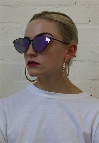 CAT EYE SUNGLASSES WITH PURPLE MIRRORED LENSES