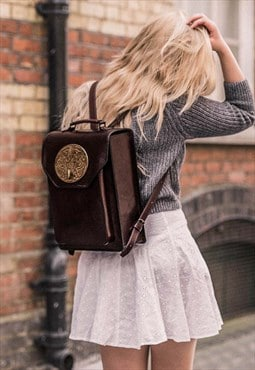 KOEY Vintage plaque box shaped Backpack Brown
