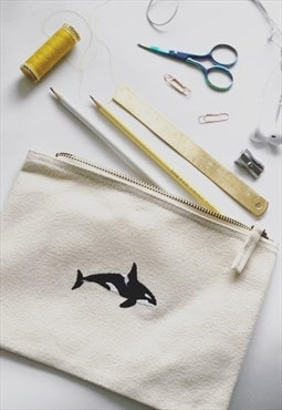 make-up, accessory,purse in natural with orca embroidery