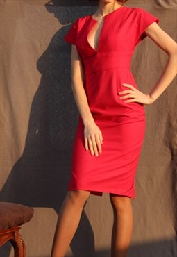 Evening pencil dress in red