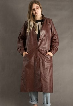 Vintage Womens brown leather coat from the 70s