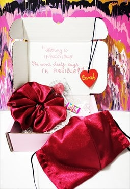 Send Some Love Small Gift Box Care Box (Red)