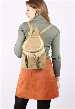 Vintage 90s Zip Flap Backpack in Beige Faux Leather
