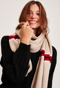 Subdued vertical stripes scarf