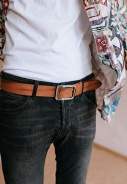 Vintage 70s brown leather belt