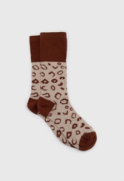 Beige and brown leopard outline socks