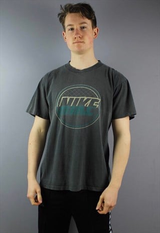 VINTAGE NIKE SILVER TAG T-SHIRT IN FADED BLACK WITH PRINTING