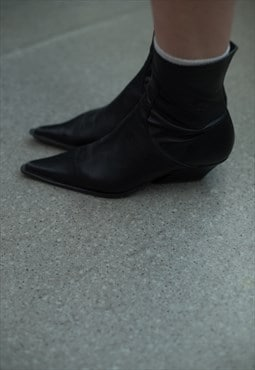 Vintage 80's Black Leather Western Style Ankle Boots