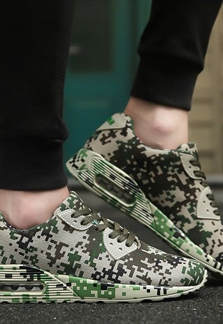 CAMOUFLAGE PRINT SNEAKERS LACE UP GREEN