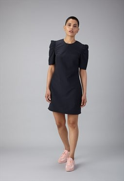 gathered sleeve shift dress in black