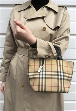 Womens 90s y2k Burberry handbag in beige nova check pattern