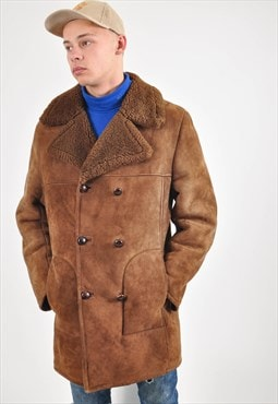 Vintage shearling coat in brown
