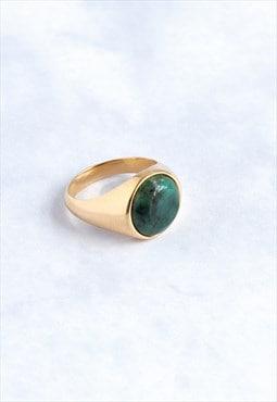 Signet S Emerald Gold