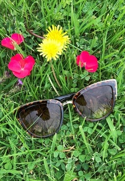 Y2K Tortoiseshell Print  Black Sunglasses