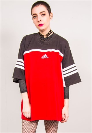 ADIDAS VINTAGE 90'S RED OVERSIZED T-SHIRT