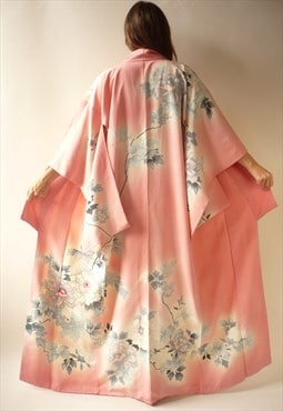 1970's Vintage Pink Japanese Full Length Floral Crepe Kimono