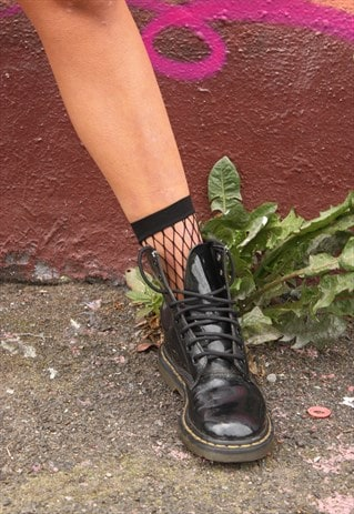 JET BLACK FISHNET SOCK CLOSE LARGE KNIT - TWO PAIRS