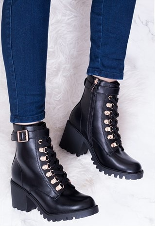LACE UP BLOCK HEEL ANKLE BOOTS IN BLACK LEATHER STYLE-WELWYN