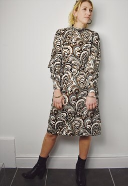 Vintage 70s Psychedelic Dress Long Sleeves