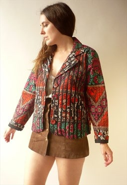 1990's Vintage Floral Printed Lightly Quilted Hippie Jacket