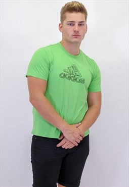 Vintage Adidas T-Shirt in Green