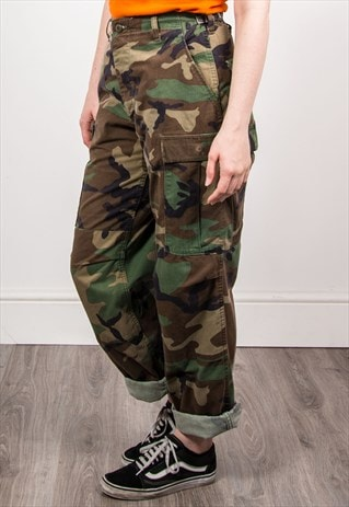 VINTAGE 90'S CAMOUFLAGE PATTERN GRUNGE ARMY TROUSERS