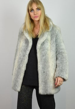 Vintage 70s White & Grey Arctic Faux Fur Jacket / Coat