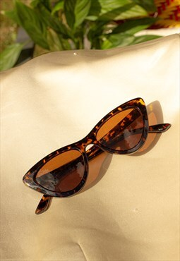 Deep Mini Cat Eye Sunglasses Tortoise Shell