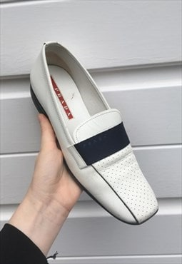 Womens Vintage Prada shoes slip on blue white pumps