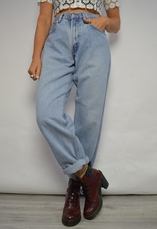 VINTAGE 90S LEVI'S 550 MEDIUM BLUE WASH HIGH WAIST JEANS