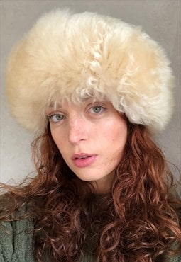 Vintage 90s Y2K cream faux fur suede hat