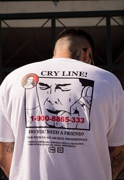 Short Sleeved T-Shirt in White With Cry Line Print