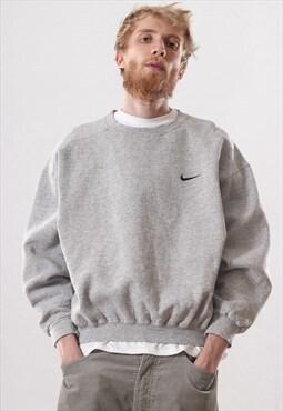Vintage Mens NIKE Logo Sweatshirt Crew Neck