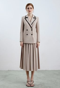 Black Detailed Collar Blazer and Pleated Skirt