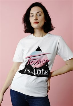 Logo 80s retro pink blue white t-shirt with front print
