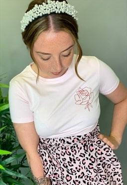 T Shirt In Light Pink With Line Rose Left Chest Logo Casual