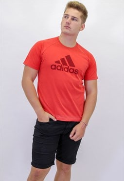 Vintage Adidas T-Shirt in Red With Logo