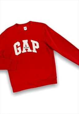 Gap embroidered sweatshirt in red