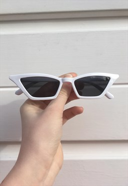 Womens Vintage style 80s 90s white thin pointy sunglasses