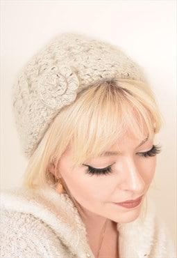 Vintage Knitted Wool Beanie Hat in Cream