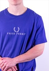 Vintage Fred Perry Spell Out Embroidery T-Shirt in Blue