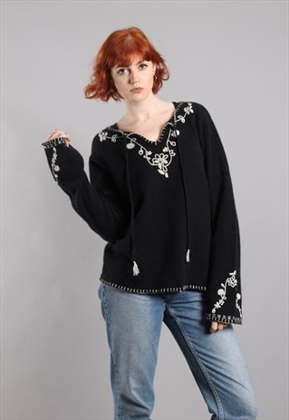 VINTAGE 90S BOHO EMBROIDERED BELL SLEEVE LAMBSWOOL TOP