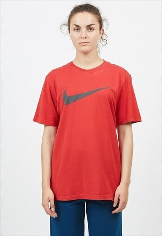 90S VINTAGE RED NIKE LOGO CREW NECK T-SHIRT