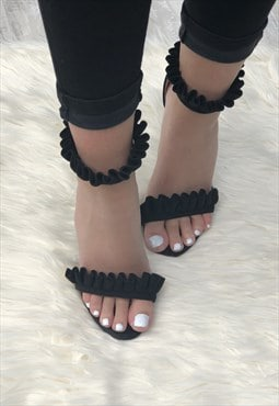 Five Star Boutique Frilled Heels in Black