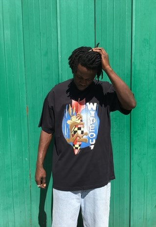 VINTAGE 1996 LOONEY TUNES WIDE OUT T-SHIRT